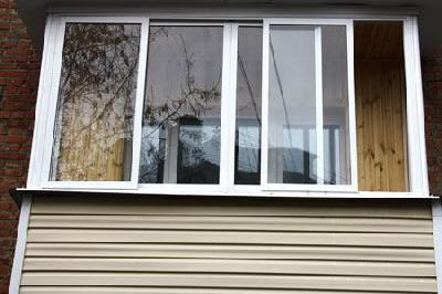 Ремонт и отделка / услуги строителей: остекление балконов.